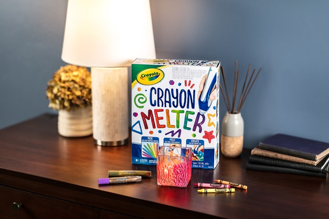 Crayola Crayon Melter Votive Candle Holder